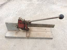 tile cutters and tiling tools