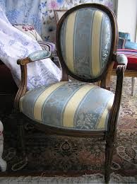tapissier siege restauration fauteuil siege et canapé tapissier décorateur