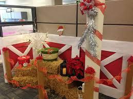 Cubicle Decoration Themes In Office For Christmas by My Cubicle Decorated For Christmas Gonna Have To Do Something