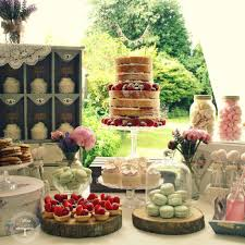 Top 10 Wedding Cake Table Decorations Available To Buy Online From Theweddingomd Wooden Tree Slice For Cakes 1024x1024