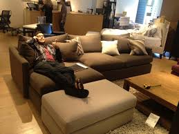 couch buying trick evan katelyn