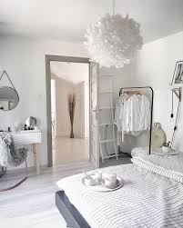 a decision how to make a s bed room