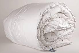 couette duvet canard blanc helsinki pyrenex literie a domicile