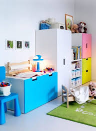 chambre enfant suisse rangement bleu stuva chambre enfant baby toddler room