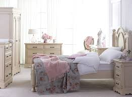 Shabby Chic Decorating Ideas For The Entire House O Home Tips Bedroom Furniture