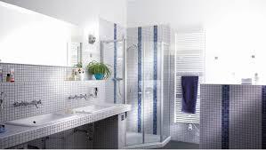 moderne badgestaltung kalkputz und fliesen harmonieren