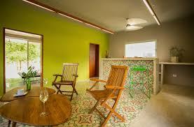 die 10 besten farben um ein kleines wohnzimmer zu streichen