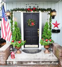 Outdoor Christmas Decorating Ideas Front Porch by Christmas Front Porch Creatively Living Blog