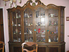 Breakfront Vs China Cabinet by Cherry China Cabinet Ebay