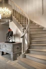 l escalier tournant en 40 jolies photos escaliers en bois