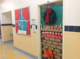 Christmas Classroom Door Decorating Contest by Holiday Door Decorating Contest U2013 Adventures In Speech At P373 At Ps48