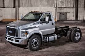 2016 Ford F-650/F-750 Super Duty First Look Photo & Image Gallery