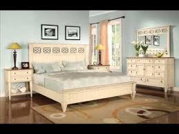 Antique White Bedroom Furniture