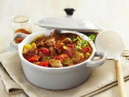 cuisine en cocotte 100 recettes de cocottes maggi