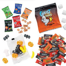 Best Halloween Candy 2017 by Best Halloween Candy U0026 Non Candy Items Mom The Magnificent