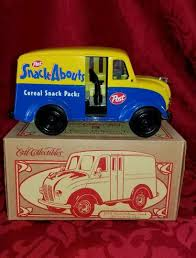 ERTL COLLECTIONS 1950 DIVCO DELIVERY TRUCK POST CEREAL SNACK ABOUTS ...