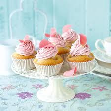 Rosen Litschi Cupcakes Rezept