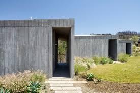 100 Ulnes Mork Designs Ridge House To Endure Wildfires In