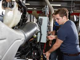 Automotive & Diesel Technical School - Dallas, TX | UTI Diesel Technician Traing Program Uti Technology School Oklahoma Technical College Tulsa Ok Automotive Dallas Tx Mechanics Job Titleoverviewvaultcom Rebuilding A Wrecked F150 Bent Frame Page 4 Ford Truck Bus Mechanic Tipsschool Fleet Prentive Real Workshop Android Apps On Google Play Arlington Auto Repair Dans And Schools Melbourne Businses
