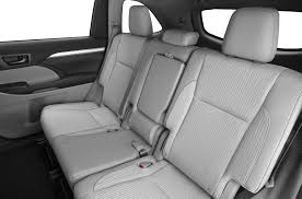 2015 Dodge Durango Captains Chairs by Comparison Toyota Highlander Hybrid Limited 2015 Vs Dodge