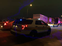 100 Rendezvous Truck Semi Trucks Crash On I74 In Champaign WICS