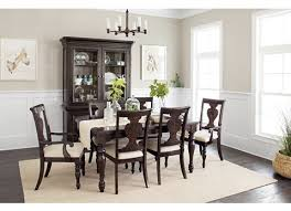 welcome home dining table havertys