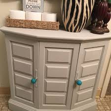 Chalk Paint Colors For Cabinets by Painted Cabinet With Americana Decor Chalk Paint In Color