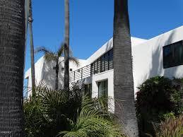 100 Oxnard Beach House AIA AwardWinning Contemporary Front