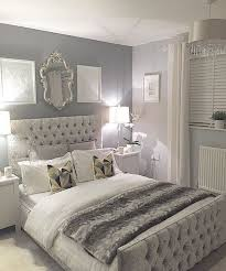 Beautiful Grey Upholstered Bed Decor Color Schemes 23