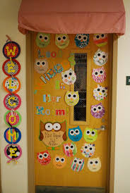 Christmas Classroom Door Decorations On Pinterest by Best 25 Owl Door Decorations Ideas That You Will Like On