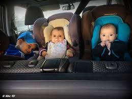 siege auto comment l installer série oh vous avez des jumeaux mais comment faites vous