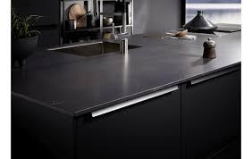 filigrane schwarze contur küche 53 190 mit kochinsel