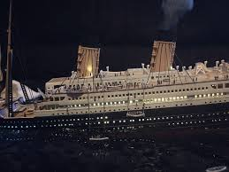 Cruise Ship Sinking Now by Titanic Sinking Diorama Titanic 1 700 Sinking Diorama