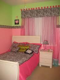 Zebra Print Bedroom Decorating Ideas by Pink Zebra Print Bedroom Girly Zebra Print Takeover Pinterest