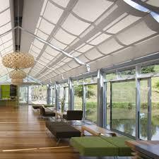 stores plissés en tissu pour vérandas fixation plafond