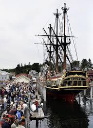 Hms Bounty Sinking 2012 by Woman U0027s Body Found After Tall Ship Hms Bounty Sinks Off Nc Coast