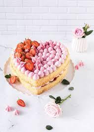 erdbeer herz torte zum muttertag s lieblingsstücke