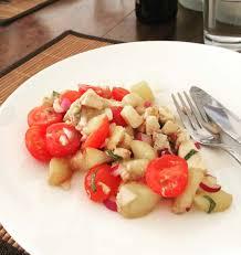 recettes de cuisine d été salade d été aux pêches tomates et mozzarella les meilleures