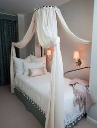Twin Canopy Bed Drapes by Best 25 Twin Canopy Bed Ideas On Pinterest Modern Canopy Bed