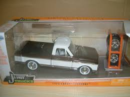 100 Just Trucks JADA TOYS 124 1972 CHEVY CHEYENNE JUST TRUCKS CHEVROLET Black Jada