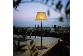 TXL Outdoor Floor Lamp