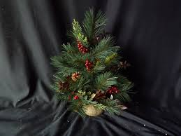 Small Fibre Optic Christmas Trees Uk by Small Tabletop Green Pre Decorated Artificial Christmas Tree Desk