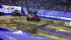 Monster Jam 2014 - US Bank Arena - YouTube Monster Jam Atlanta Hawks To Lead Thursday Onsales Truck Show Milwaukee Youtube Returns Sun Bowl Saturday And Sunday Announces Driver Changes For 2013 Season Trend News Will Be Performing At The Bmo Harris Bradley Center This Zombie Freestyle 12018 7pm Show Youtube Breaks Grounds In Saudi Arabia Argentina Coliseum Rolls Into Dtown Weekend Sudden Impact Racing Suddenimpactcom Petco Park