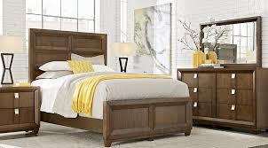 Rooms To Go Queen Bedroom Sets by Dark Wood Queen Bedroom Sets Cherry Espresso Mahogany Brown Etc