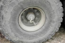 Central Tire Inflation System - Wikipedia Whosale New Tires Tyre Manufacturer Good Price Buy 825r16 M1070 M1000 Hets Military Equipment Closeup Trucks In The Field Russian Traing Need 54inch Grade Truck Call Laker Tire For Vehicles Humvees Deuce And A Halfs China 1400r20 1600r20 Off Road Otr Mine Cariboo 6x6 Wheels Welcome To Stazworks Extreme Offroad Page Armored On Big Wehicle Stock Photo Image Of Military Truck Tire Online Best 66 And Thrghout 20