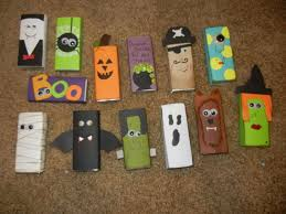 Diy Halloween Tombstones by Halloween Decorations To Make At Home Diy Halloween Tombstone