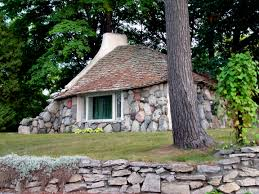 100 Fieldstone Houses Earl Young Architect Wikipedia