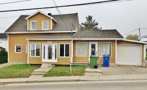 maison a vendre condo chalet ou maison à vendre avec un courtier immobilier re