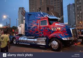 Detroit, Michigan, USA. 9th Aug, 2013. Optimus Prime, Leader Of The ... Optimus Prime Evasion Mode Transformers Toys Tfw2005 Movie Replica To Attend Tfcon Charlotte 4 Truck Hd Wallpaper Background Images Autobot Radio Control Robot Nikko 640x960 The Last Knight 5 5k Iphone Vehicle Alt Galleries Cars Of Age Exnction Photos Transformer Wannabe Artist