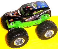 100 Monster Jam Toy Truck Videos BIRDS SPACE CUSTOM MONSTER JAM TRUCK HOT WHEELS 1 64 GRAVE DIGGER